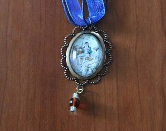 Jane Austen necklace and pendant