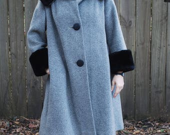 Vintage 1960s Swing Coat Wool Faux Fur Cuffs & Collar