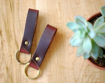 leather keychain | womens keychain | gift for her | leather key fob | leather keyring | key holder | key fob for her | minimalist key holder