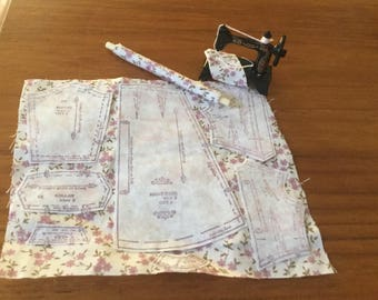 1/ 12th scale handmade miniature dollshouse dressmakers pattern on material sewing machine and material roll set