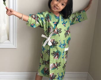 100% Cotton Child Kimono Robe for Little Girls 4 to 6 | Soft Dressing Gown (Festive Birdies), Birthday Gift, Christmas Gift | Made in Canada
