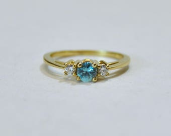 Solid Gold Aquamarine and Diamond Midi Ring