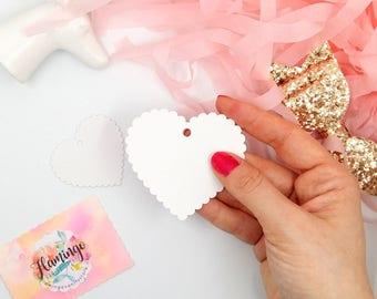 Set di 10 25 50 Tag Cuore Romantico in Cartoncino Bianco