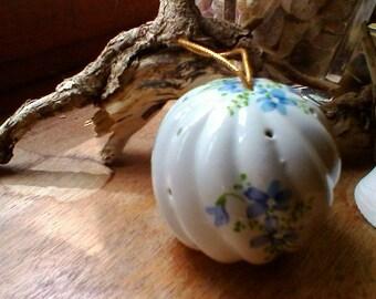 French vintage floral porcelaine diffuser or pomander