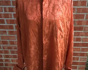 Vintage 70s/80s men's Lucasini orange button down. Size 16 (34-35)