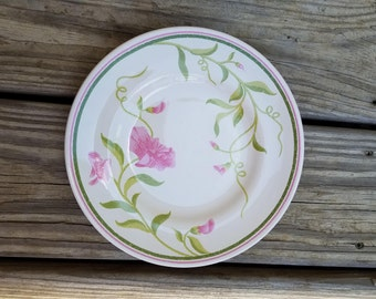 Vintage Franciscan Earthenware salad plate, Sweet Pea pattern.