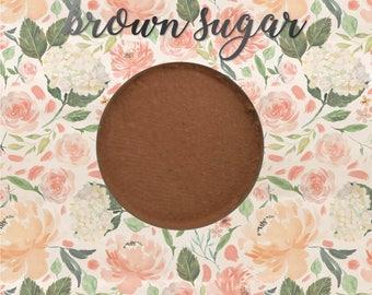 Brown Sugar, 26 mm single pan eyeshadow, warm light brown matte