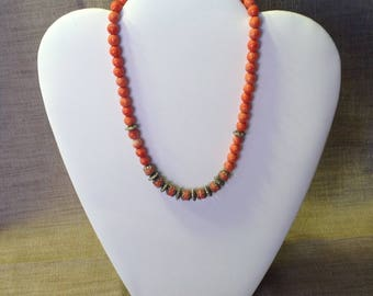 Romantic pink coral beads and necklace beads silver.