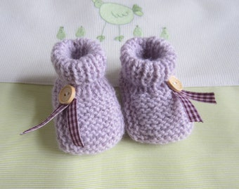 """Color """"Purple"""" hand made knit newborn baby shoes"""