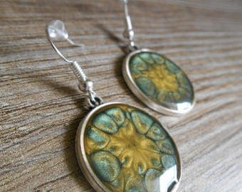 Buttercup yellow and green leaf cabochon silver round earrings gold
