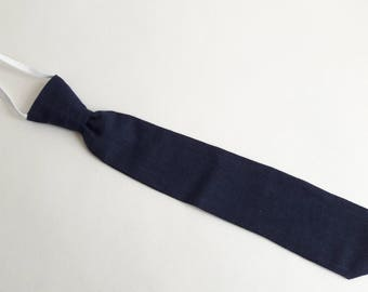 Elastic tie for child