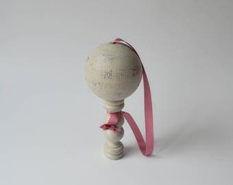ANTIQUE FRENCH WOOD BILBOQUET