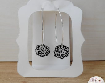 Black rose earrings made of plastic crazy