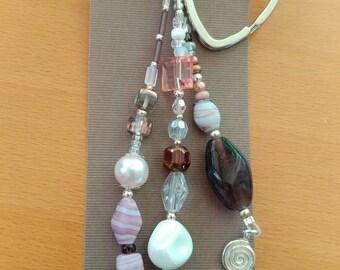 Rose pearl keychain