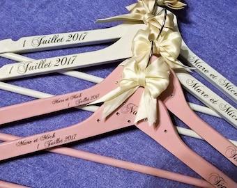 Wedding custom hangers! Wedding dress hanger personalised