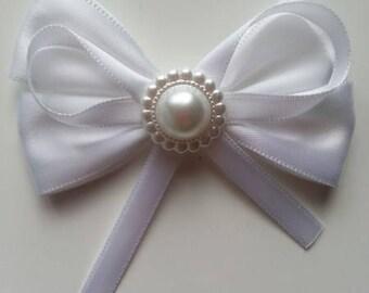 gros noeud en satin blanc  80*60mm
