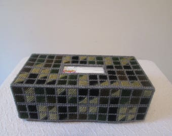Green Stone Multicolored Needlepoint Tissue Box Cover