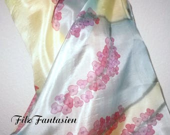Silk scarf scarf in shades of green with pink flowers