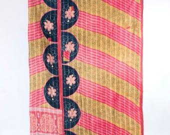 Vintage Kantha Quilt, Handmade Kantha Throw Blanket, Indian Kantha Quilt Recycled Gudri, Reversible Hand Embroidered Twin Kantha Bedspread