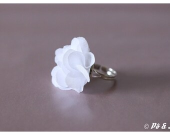 #0929 chiffon white and Silver Flower ring