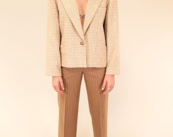 Lovely Escada tan and cream houndstooth vintage wool blazer SIZE S