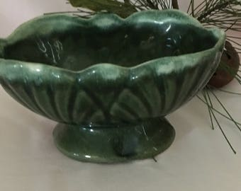 Vintage green ceramic planter/mid-century green flower vase/green scalloped edge planter/porch flower pot