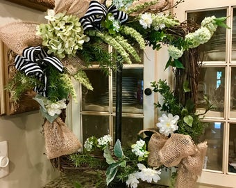 READY TO SHIP | Front Door Wreath | Everyday Wreath | Fall Wreath | Square Grapevine Wreath | Front Door Decor - Willa Green Home