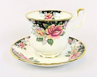 Vintage Royal Albert, Bone China England, ''Concerto'' Porcelain Cup and Saucer from 1991, Lady Size