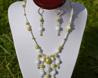 set white and green anise, cascade of beads