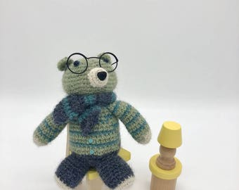 Small Crochet Teddy Bear, Amigurumi Bear, Mr Teddy with scarf and glasses, Teddy bear Plush Toy, Green Crocheted Bear, 100% Wool Yarn