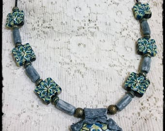 Beads with flower print