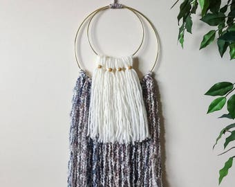 Giola: Yarn Wall Hanging