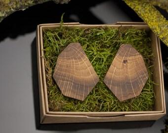 Geometric wood end grain earrings - Contemporary wooden earrings - Silver stud earrings