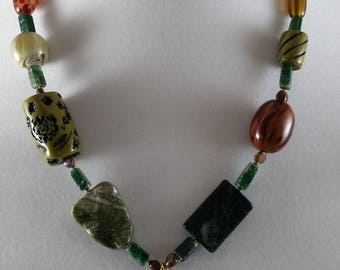 Autumn shades necklace