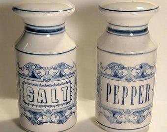 Vintage HOLT HOWARD Blue and White Salt & Pepper Shakers 1965