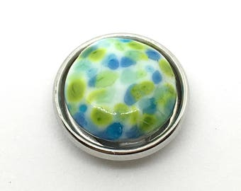 Speckled Green Glass Snap