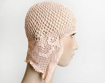 Vintage 1920s Flapper Hat - Crochet Soft Pastel Pink Knit Cloche Cap - Art Deco Great Gatsby