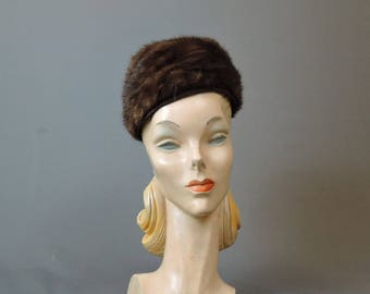 Vintage Mink Fur Hat with Bow in the back,  fits  21 inch head, 1950s 1960s
