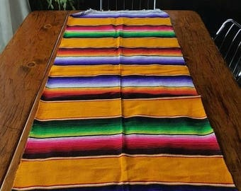 SALE Mexican Blanket Table Runner / rug or wall hanging / 1980s southwestern serape