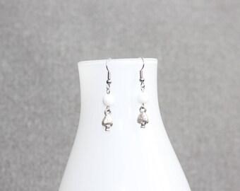 bijoux mode, Boucle d'oreilles, bijoux fantaisie, casual, champignon, mushroom, blanc, white, minimaliste, petites boucles d'oreilles