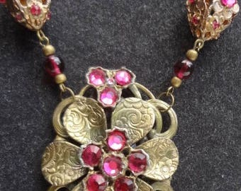 Vintage Berry Pink Rhinestone Necklace