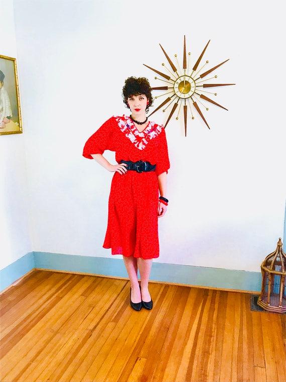 80s party dress, SUSAN FREIS ASSORTI, Vintage 1980s dress, Red & White, Bright Colorful, Polka Dot print, Ruffle Puff Sleeve, 80s Midi Dress