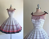 Vintage 1950s Alix of Miami Sculpted Bust Full Skirt Cotton Dress