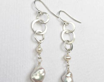 Freshwater Pearl and Sterling Silver Circle Dangle Earrings - Drop Earrings with Freshwater Pearl - Pearl Earrings - Everyday Silver Jewelry