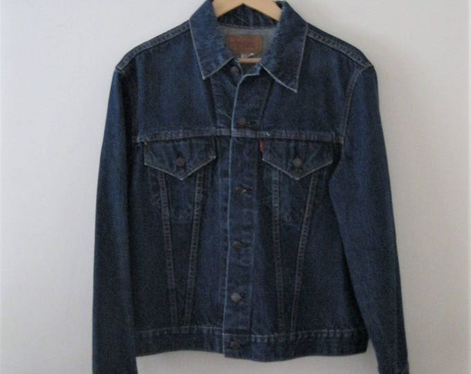 Vintage 80s Levi jean jacket / Grunge Boho Rocker denim Trucker jacket