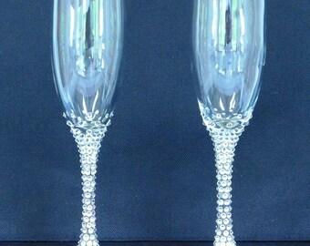 Champagne Flutes Decorated with Swarovski Crystal Rhinestones, Set of Two Glasses, Wedding Toasting Glasses