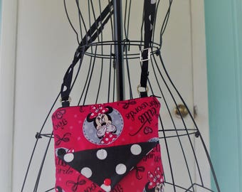 Cross Body Bag/Handbag/Purse Minnie Mouse Red and Black....Corinne Collection