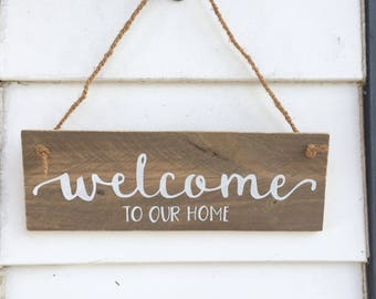 Rustic Welcome Sign - hand painted on pallet wood