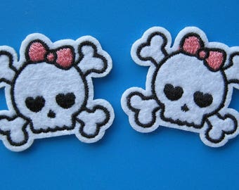 2 pcs Iron-on Embroidered Patch SKULL 1.6 inch