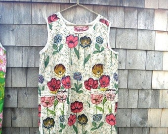 Vintage Gardeners Artists Work Smock with Pockets - Handmade from Cotton Decorator Fabric Cream Floral Tulips